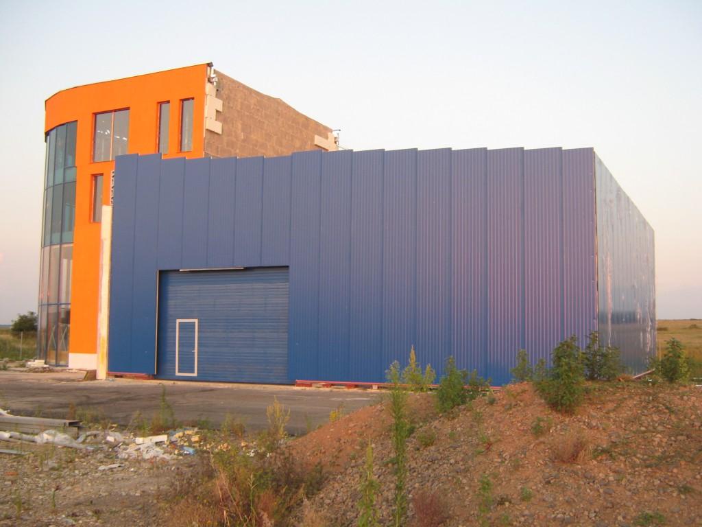 Showroom pe structura metalica Oradea