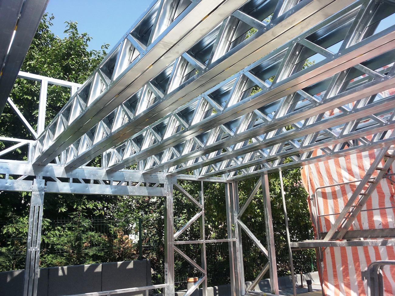 inchidere terasa cu acoperis circulabil